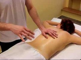 Jak wykonać klasyczny masaż grzbietu