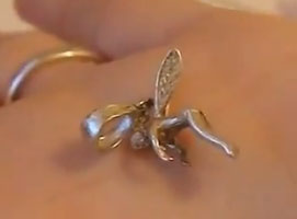 Jak wyczyścić srebrną biżuterię w 5 minut