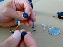 Jak zrobić sygnalizator optyczno-dźwiękowy