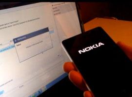 Jak wgrać najnowsze aktualizacje do Nokia Lumia 620, 820 i 920