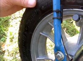 Jak na motorynce zamontować  licznik rowerowy