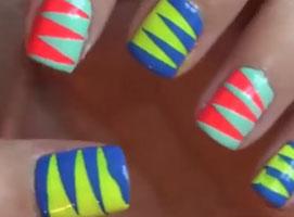 Jak wykonać 4 wzorki na paznokciach z użyciem taśmy