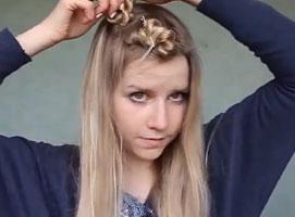 Jak zrobić fale z włosów bez lokówki i wałków
