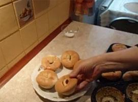 Jak zrobić pyszne babeczki ze śliwkami