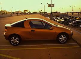 Jak podświetlić datę na wyświetlaczu TID w Opel Tigra