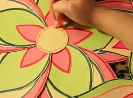 Jak zrobić ozdoby na ścianę z motywem kwiatów