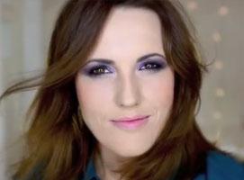 Jak zrobić profesjonalny makijaż dla opadającej powieki