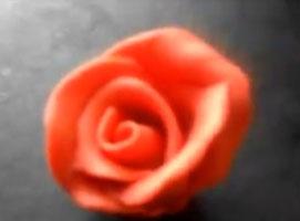 Jak zrobić różę z masy plastycznej