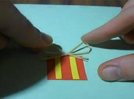 Jak zrobić bożonarodzeniową karkę z motywem choinku