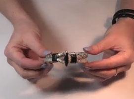 """Jak zrobić bransoletkę """"wężową"""""""