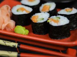 Jak zrobić sushi maki z łososiem