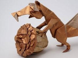 Jak złożyć z papieru prehistoryczną wiewiórkę