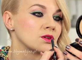 Jak zrobić makijaż wieczorowy w zieleni, różu i fiolecie