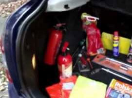 Jak przygotować auto do jazdy - przydatne wyposażenie auta