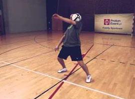 Jak nauczyć się triku upper 360 - freestyle football