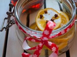 Jak zrobić cytryny w rumie - sposób na przeziębienie