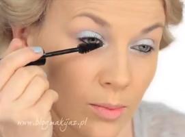 Jak wykonać trendy makijaż w pastelowych barwach