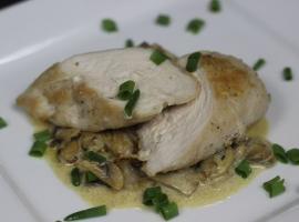 Jak zrobić pierś z pieczarkami i gorgonzollą