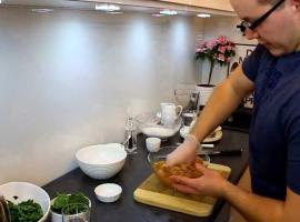 Jak zrobić szpinakowe naleśniki z kurczakiem curry
