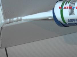 Jak łatwo i bez zabrudzeń wykonać spoinę silikonową