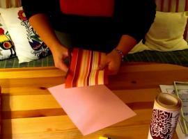 Jak zrobić ozdobę na ścianę - obrazy z tapet