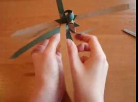 Jak złożyć gwiazdę Froebla z pasków papieru