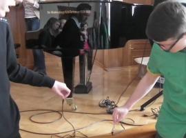 Jak zrobić żywy kabel głośnikowy