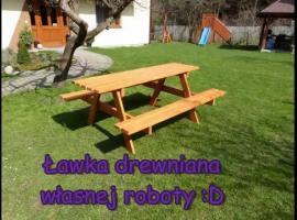 Jak zrobić ogrodowy stół z ławkami