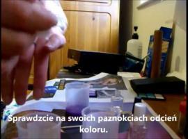 Jak zrobić swój lakier do paznokci z cieni do powiek