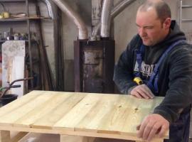 Jak zrobić stół z palety
