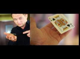 Jak zrobić trik z lewitującą kartą