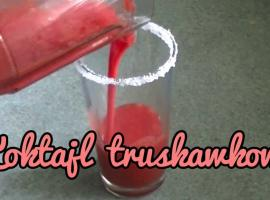 Jak zrobić koktajl truskawkowy