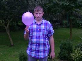 Jak wykonać trik z przebijaniem balonu - naukowe wyjaśnienie