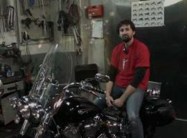 Jak sprawdzić poziom oleju w motocyklu z suchą miską olejową