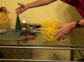 Jak zrobić bombkę ze sznurka