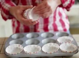 Jak zrobić muffiny truskawkowo - kokosowe