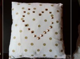 Jak wykorzystać resztki materiałów #1 - poszewki na poduszki