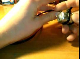 Jak zrobić maszynkę do skrobania pisanek