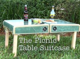Jak zrobić stół piknikowy z walizki