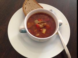 Jak zrobić węgierską zupę gulaszową