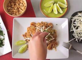 Jak przygotować Pad thai z kurczakiem
