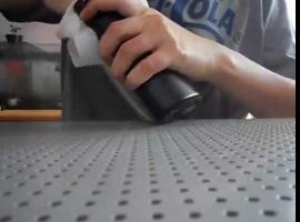 Jak zrobić przydatny wieszak do ładowania telefonu