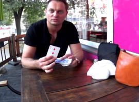 Jak wykonać mentalną sztuczkę z kartami
