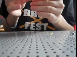 Jak zrobić bransoletkę z guzików