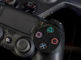 Jak podłączyć pada od PS albo Xboxa do PC