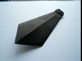 Jak zrobić krawat z papieru