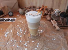 Jak zrobić kawę karmelowo-pomarańczową