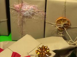 Jak pakowac prezenty w szary papier