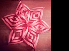 Jak zrobić gwiazdkę  z kwadratowych kartek