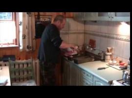 Jak zostać preppersem - pieczenie chleba